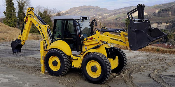 bager New Holland LB115B